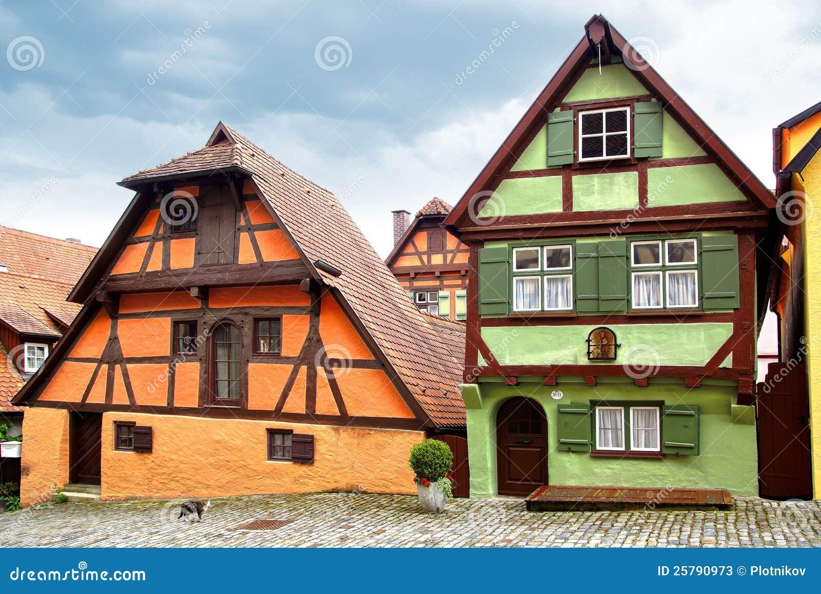 altes fachwerk haus in dinkelsbuhl stockbild bild 25790973. Black Bedroom Furniture Sets. Home Design Ideas