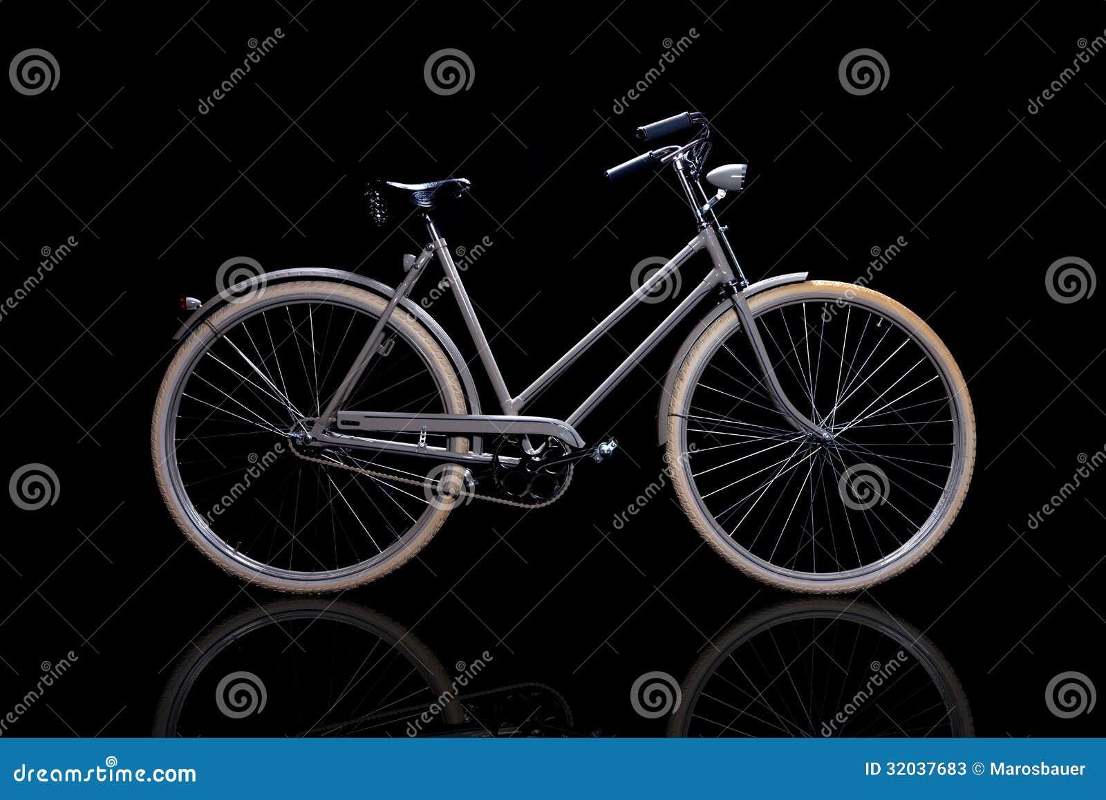altes ge berholtes retro fahrrad. Black Bedroom Furniture Sets. Home Design Ideas