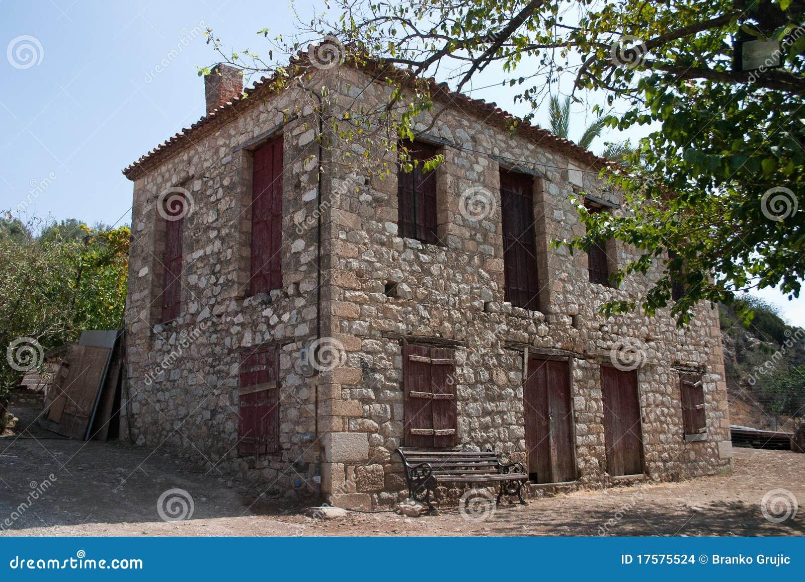 altes griechisches haus stockbilder bild 17575524. Black Bedroom Furniture Sets. Home Design Ideas