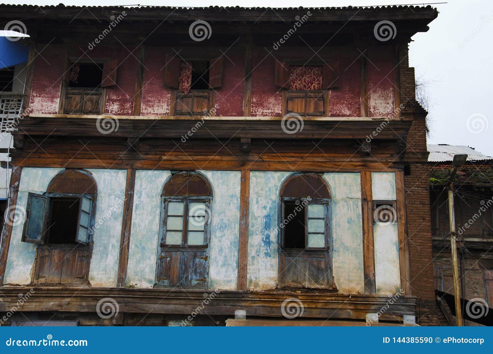 Altes Haus, nahe Sundar Narayan Mandir, Nashik, Maharashtra, Indien