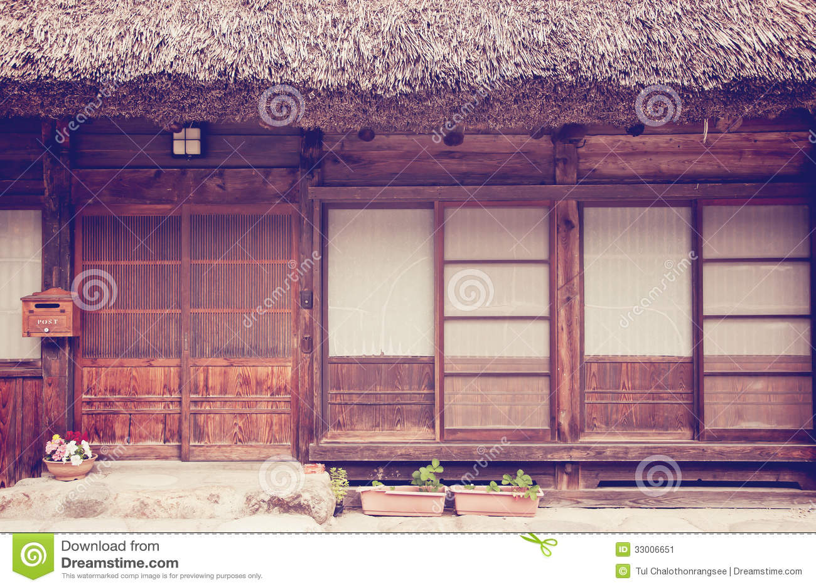Altes japanisches haus stockbild bild von wohnsitz for Japanisches haus name