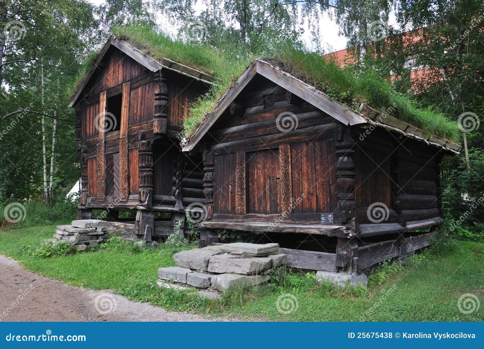 Altes norwegisches bauernhof haus oslo norwegen for Norwegen haus