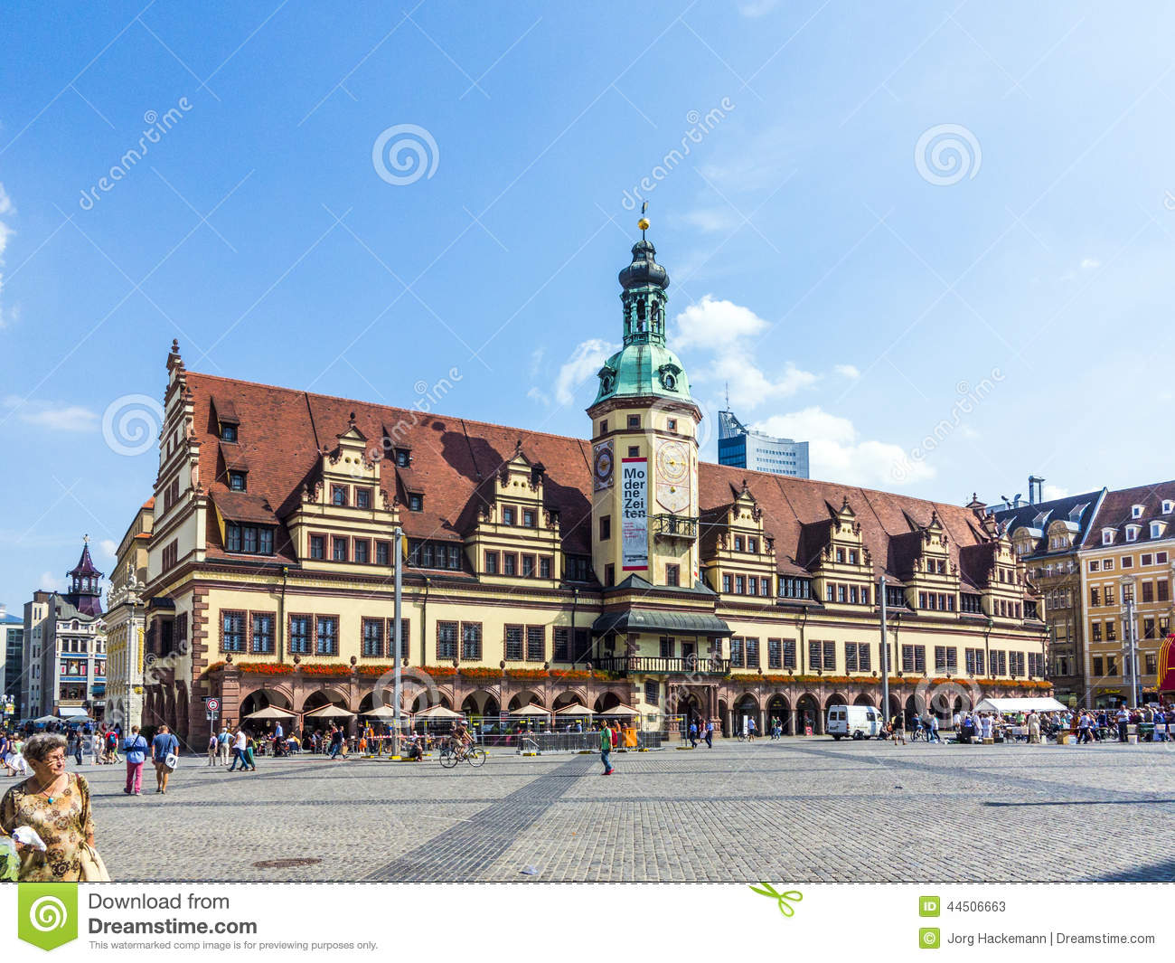 altes rathaus am marktplatz in leipzig redaktionelles stockfoto bild von markt aufsatz 44506663. Black Bedroom Furniture Sets. Home Design Ideas