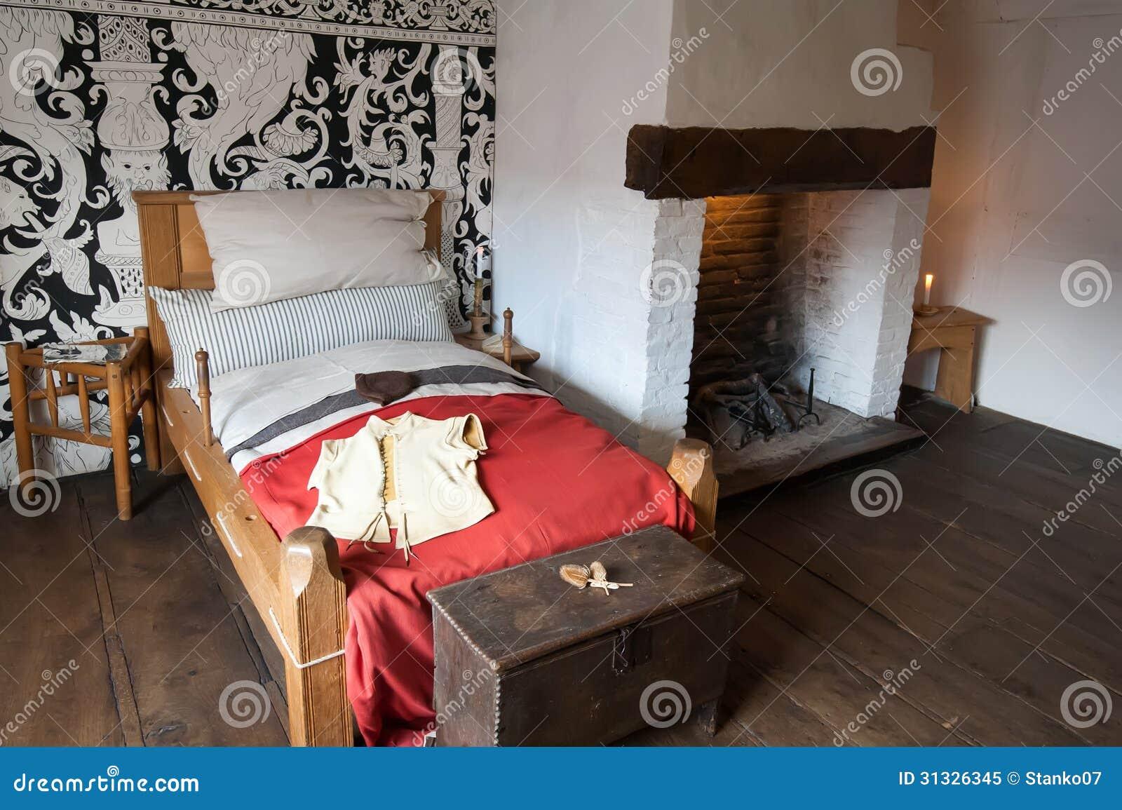 altes schlafzimmer lizenzfreies stockfoto - bild: 31326345, Schlafzimmer