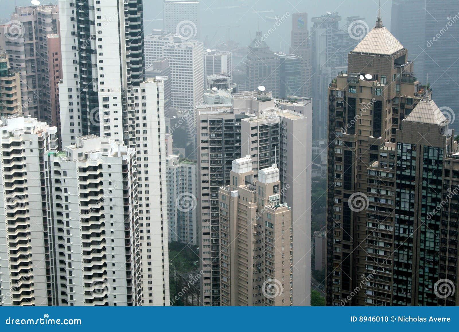 Alti aumenti a Hong Kong
