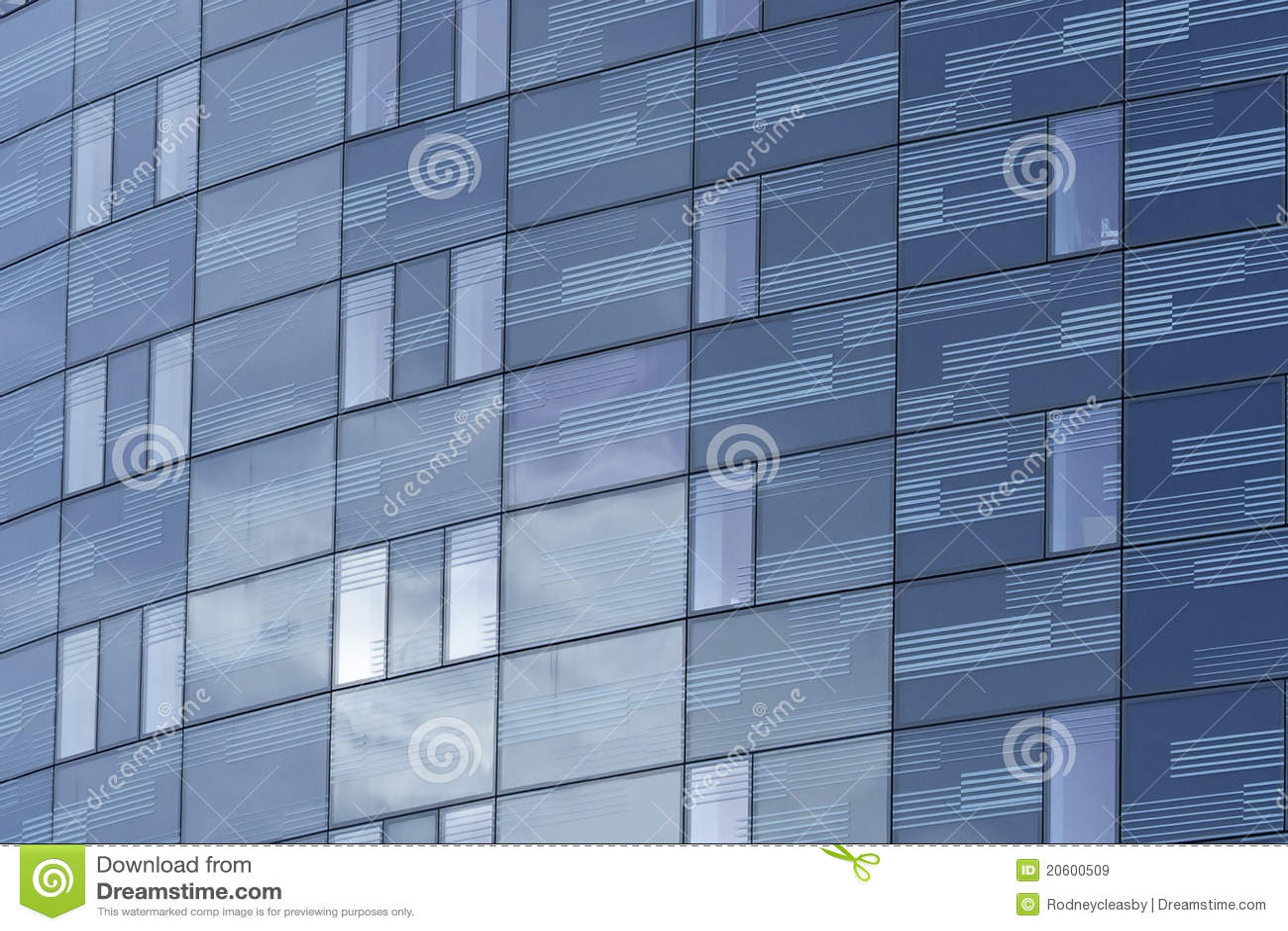 Alto bloque de oficina de la pared de cristal de la subida