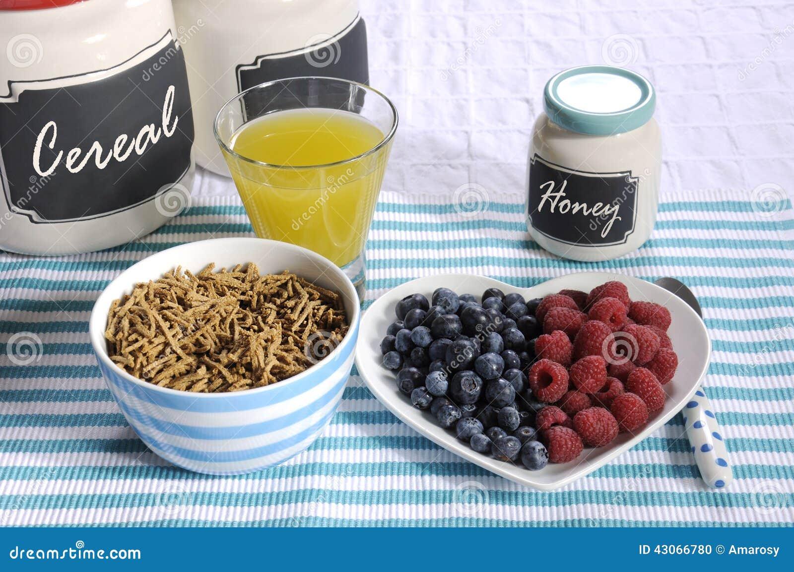 Alto desayuno dietético de la fibra de la dieta sana