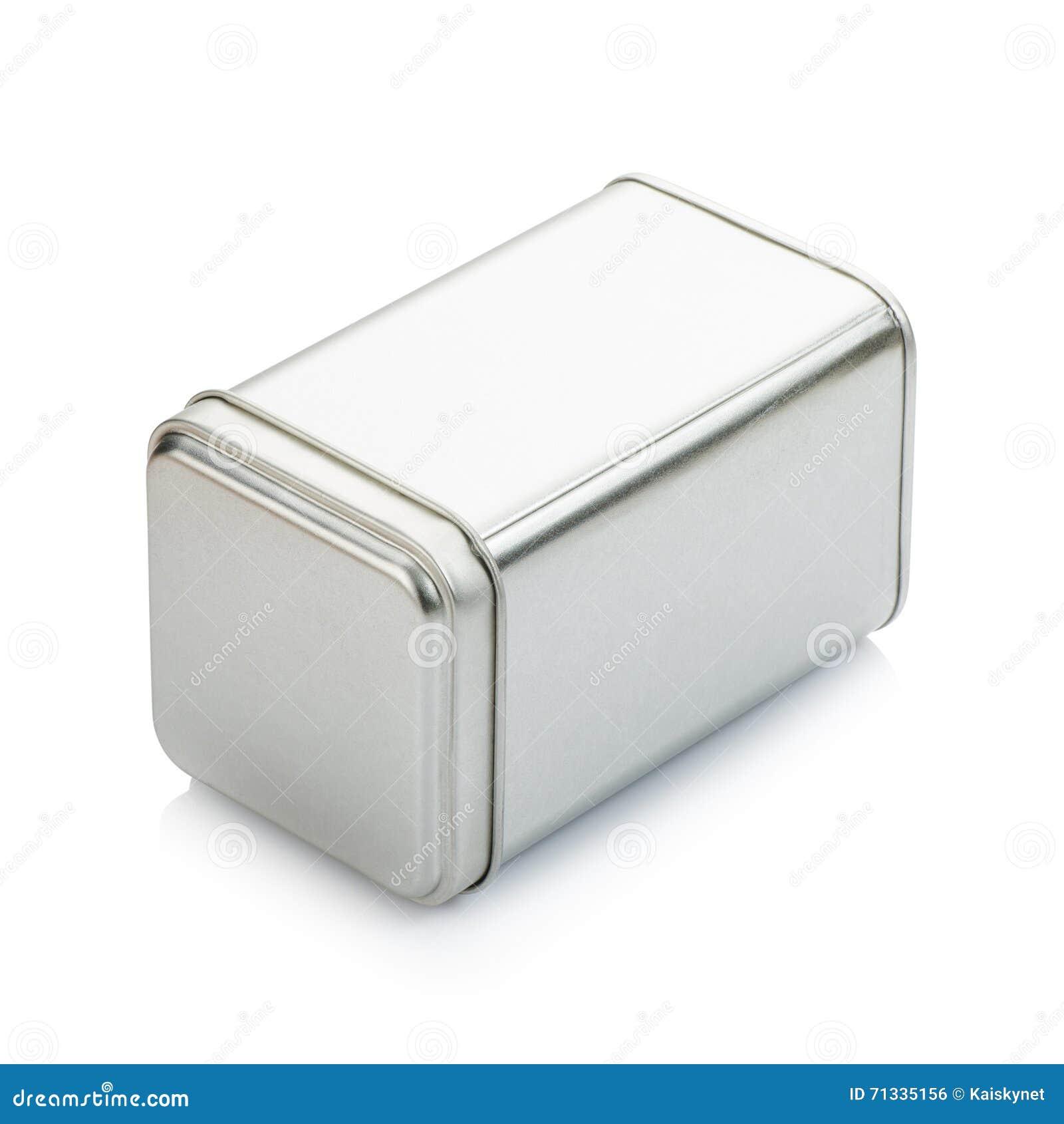 Aluminiowa puszka na białym tle