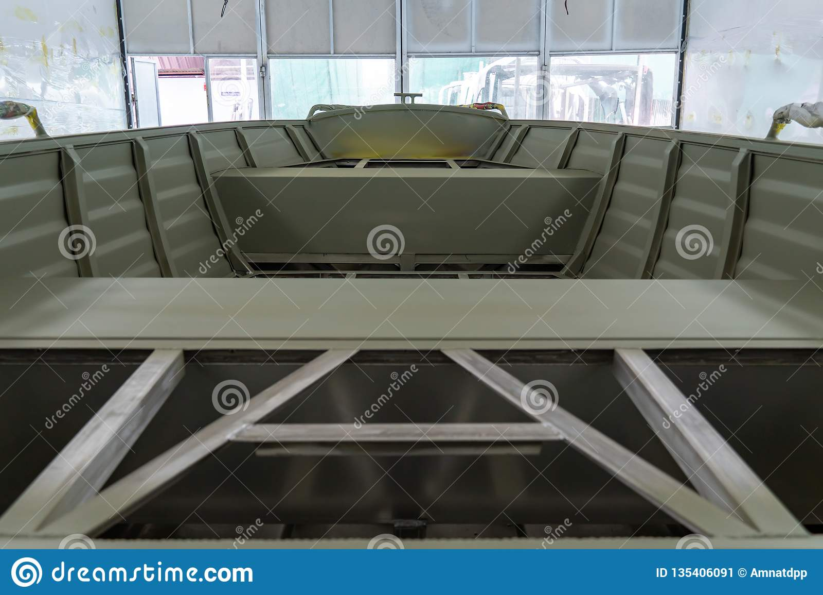 Aluminum Boat Painting Procedure At Service Center Stock