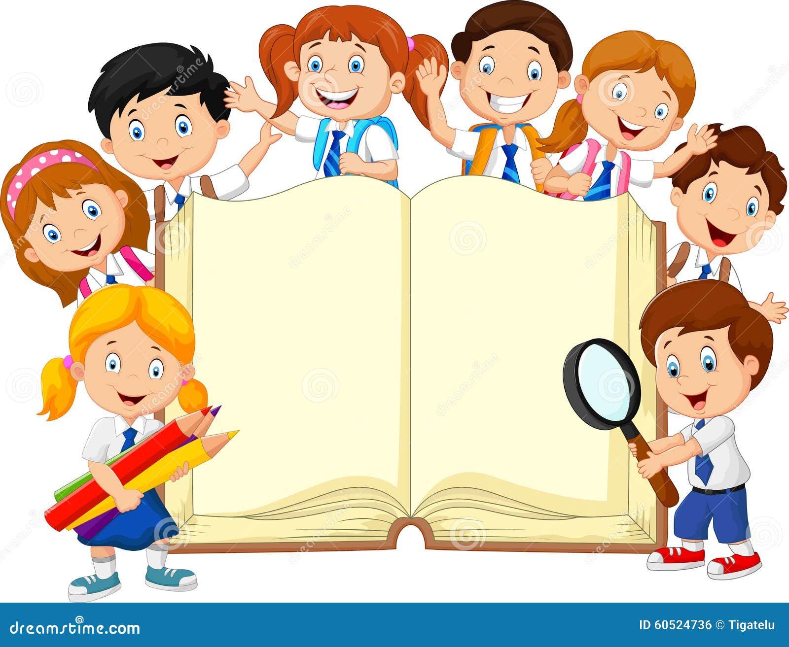 Alumnos de la historieta con el libro aislado