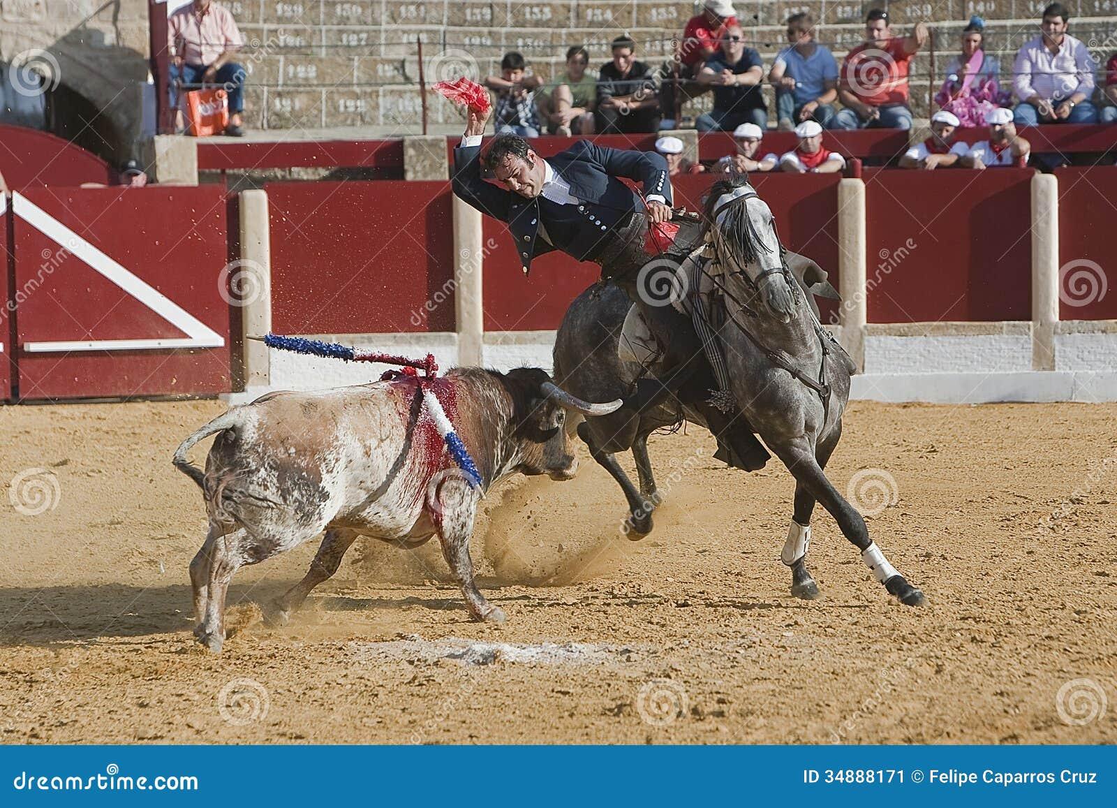 Alvaro Montes tjurfäktare på hästryggspanjor