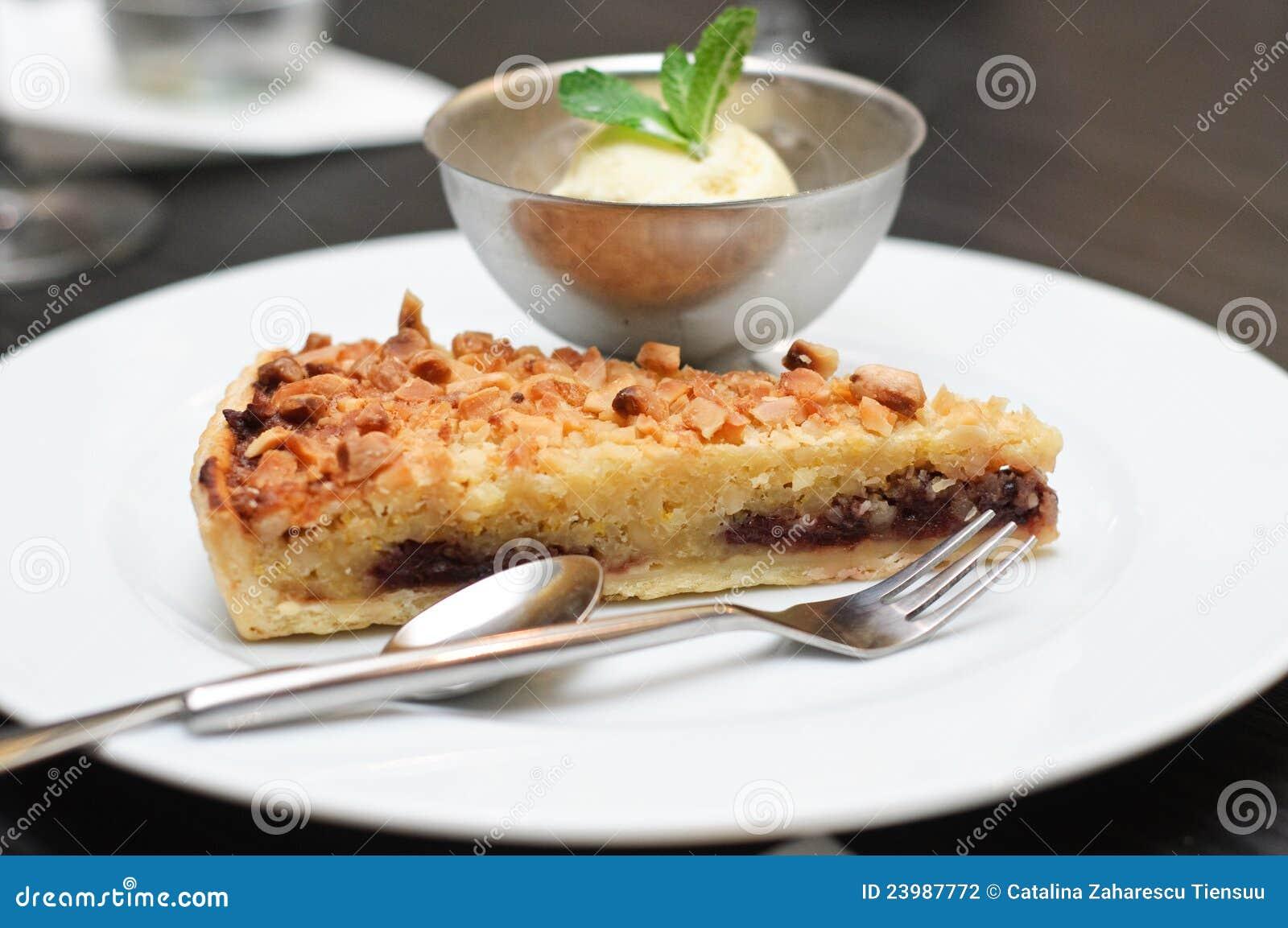 Amandes et tarte de chocolat