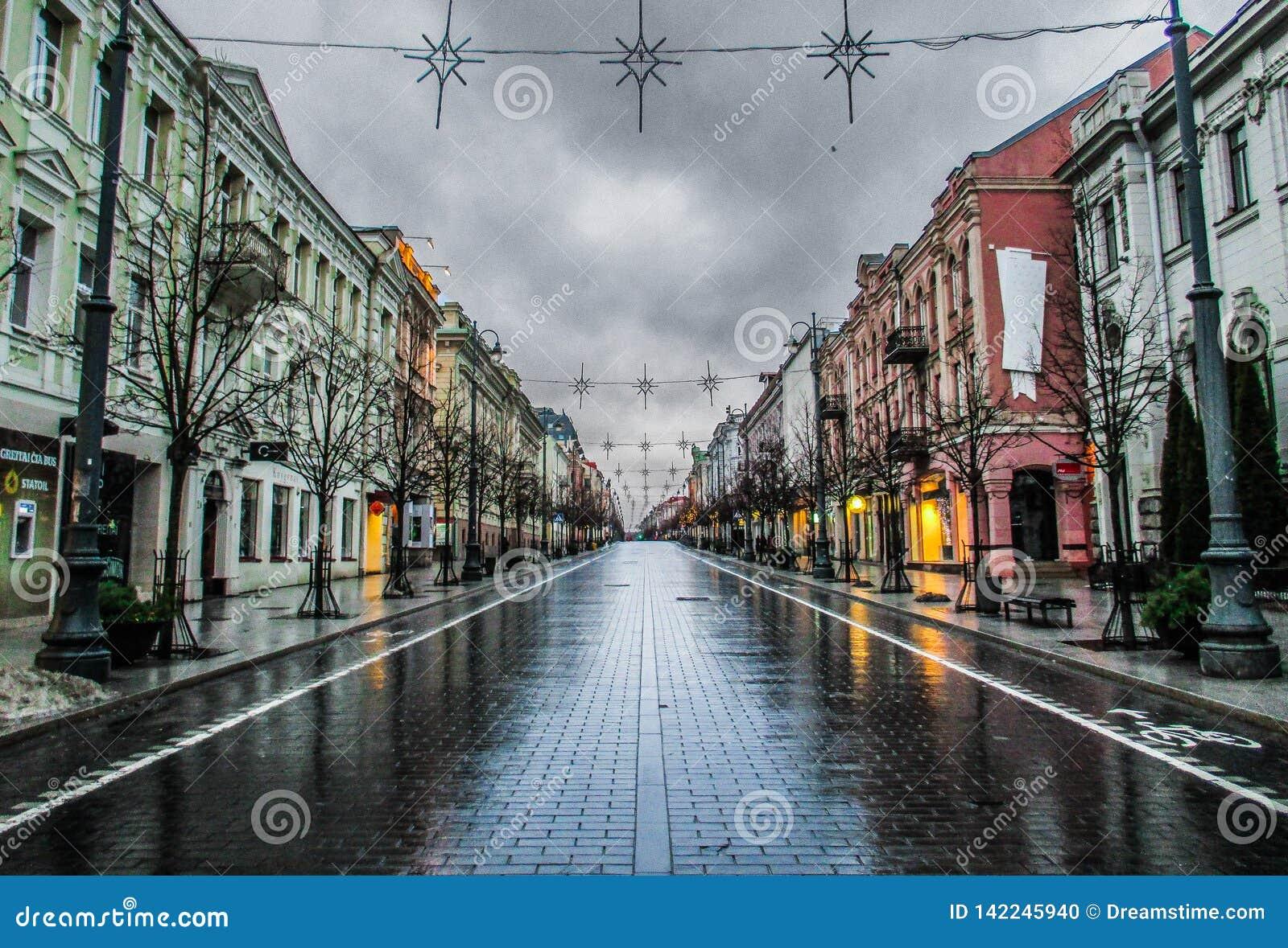 Amanhecer em Vilnius, Lituânia