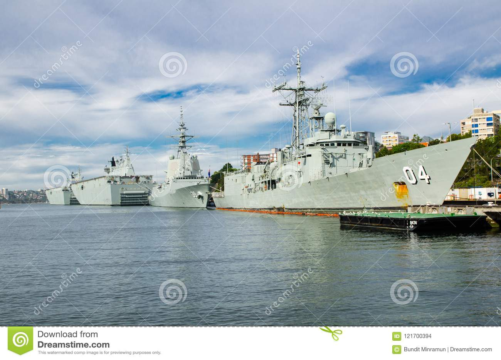 A amarração da navio de guerra em bases da frota principal da marinha australiana real CORREU estabelecimentos e as facilidades a