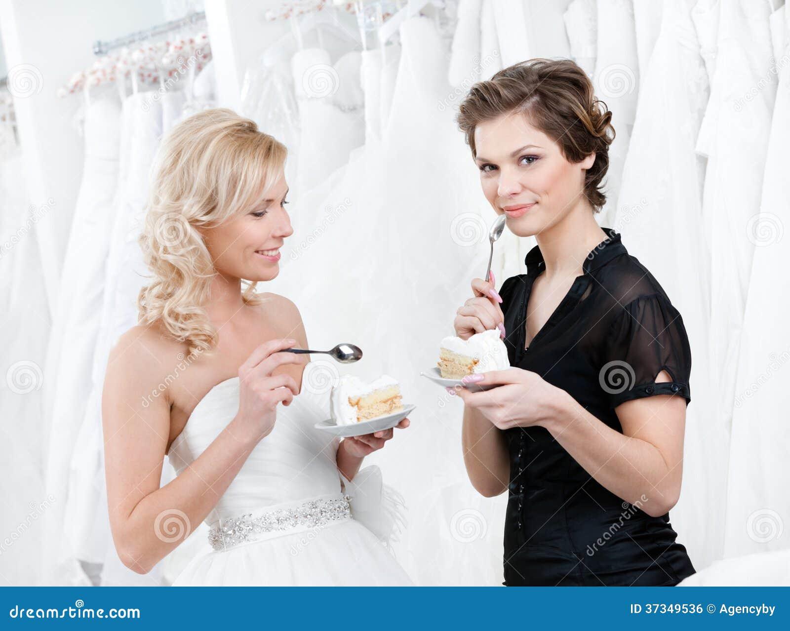 Amasing bröllopstårta