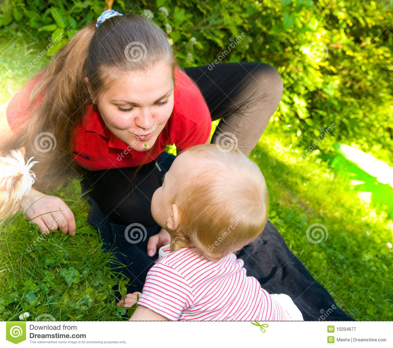 Baby You Re Amazing: Amazing Baby And Mother Royalty Free Stock Photography