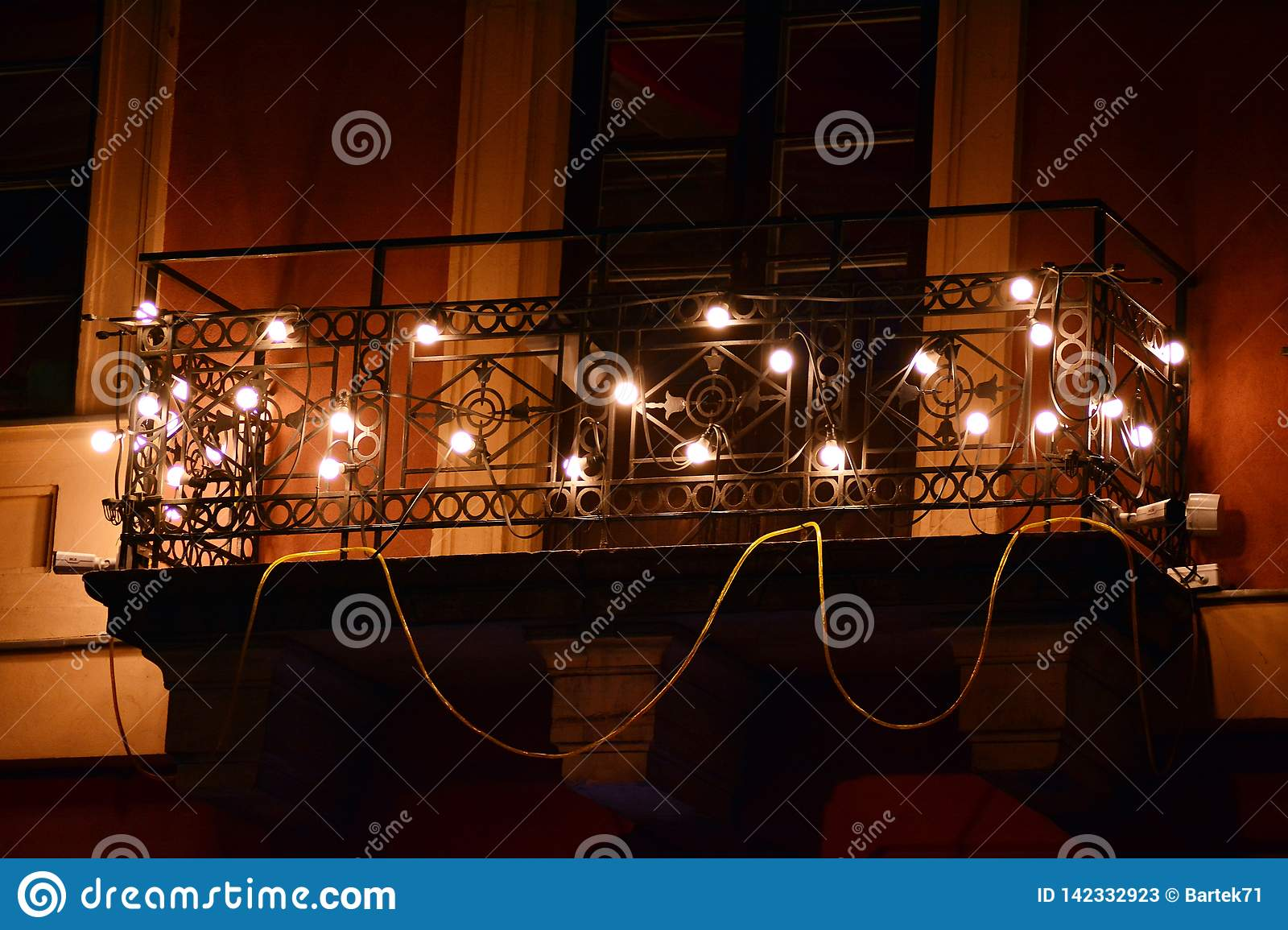 The Amazing Effect Of Dozens Of Led Bulbs In A Dark Room Stock Image Image Of Bright Dozens 142332923