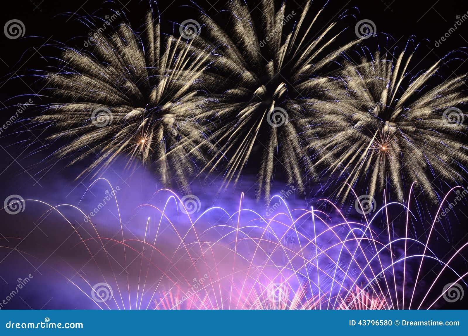 amazing flash of of fireworks