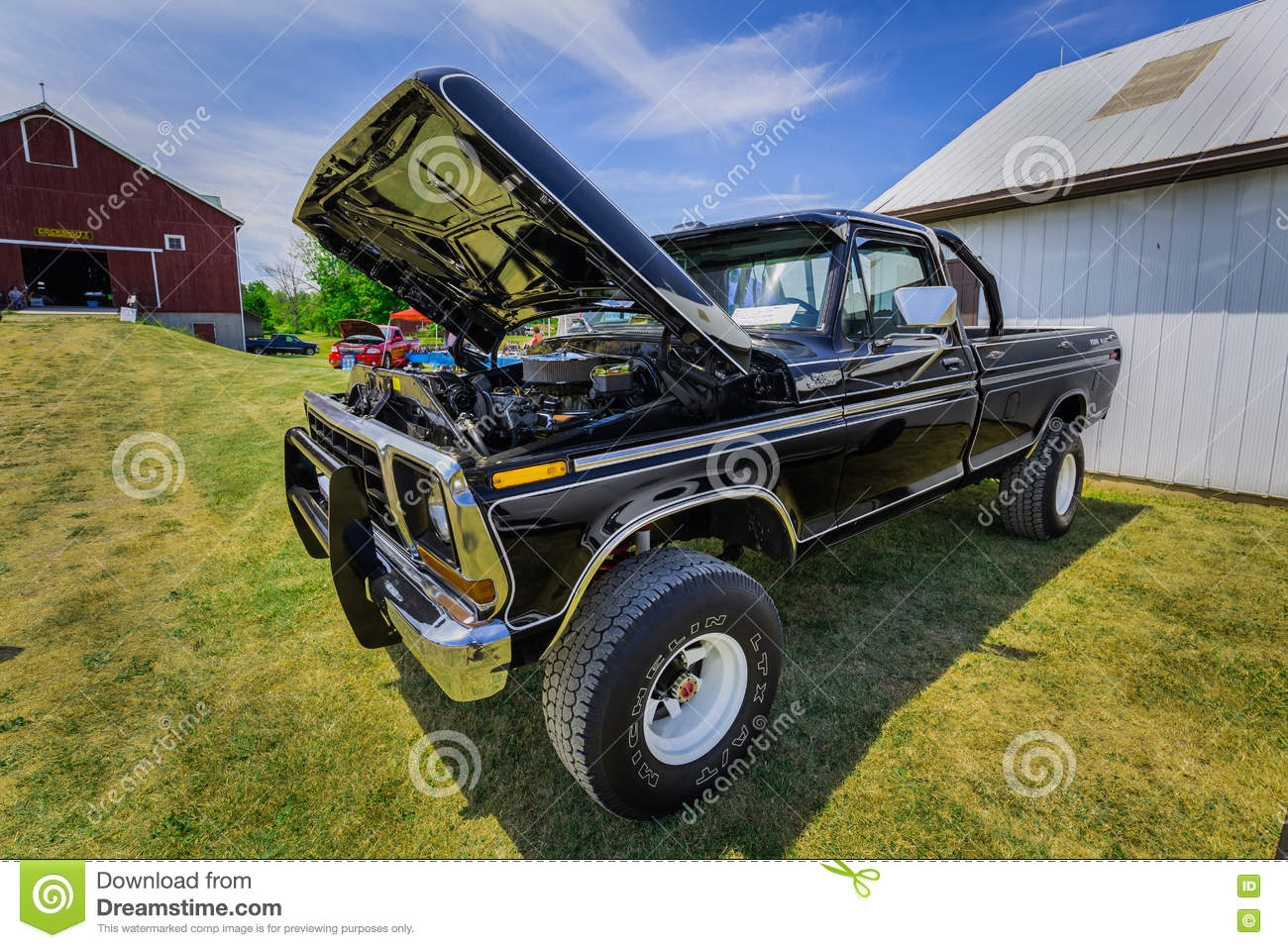 Amazing Front Side View Of Classic Vintage Retro Suv Pickup Truck Editorial Photo Image 78233286