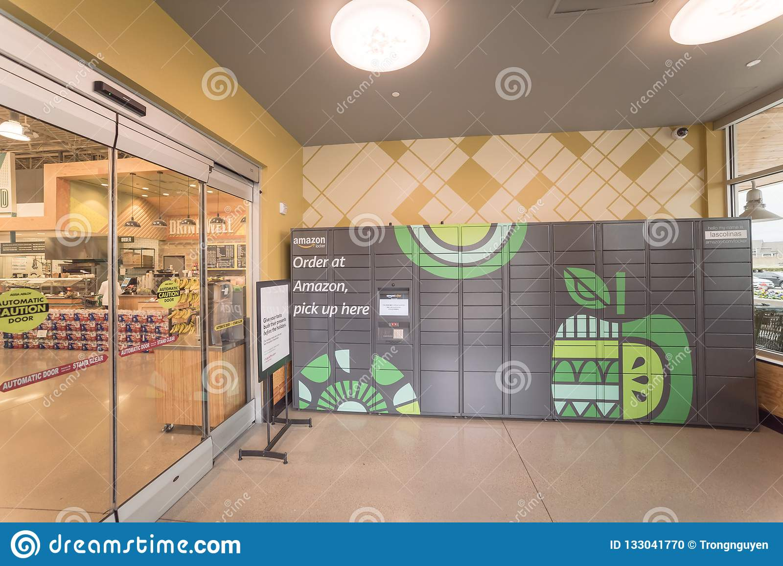 Amazon Locker self-service parcel delivery, pickup at Whole Food