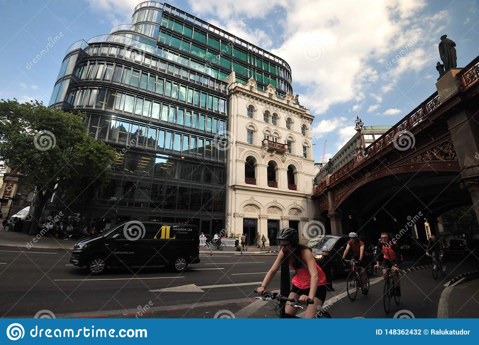Amazon S Head Office In London Sixty London At 60 Holborn Viaduct