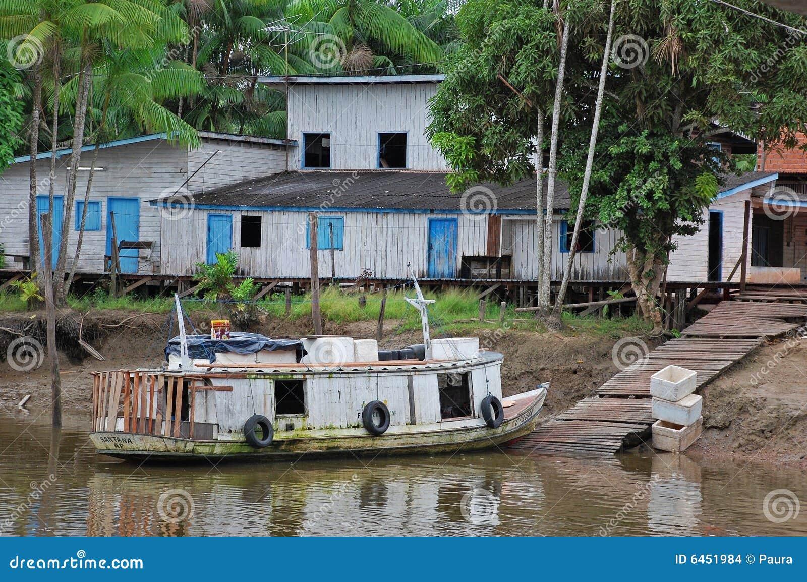 Amazon wioska rybaków