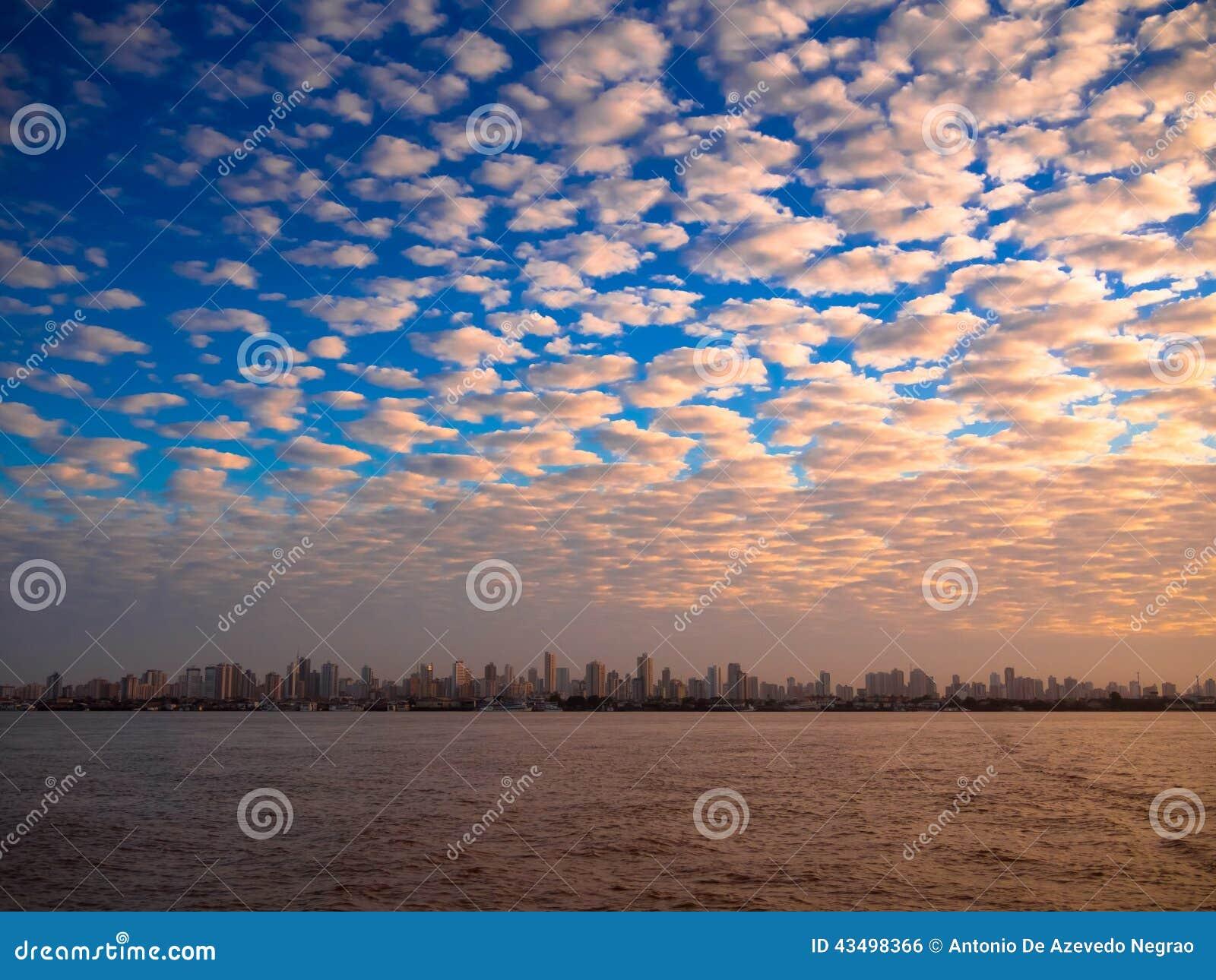 Amazonische Stadt
