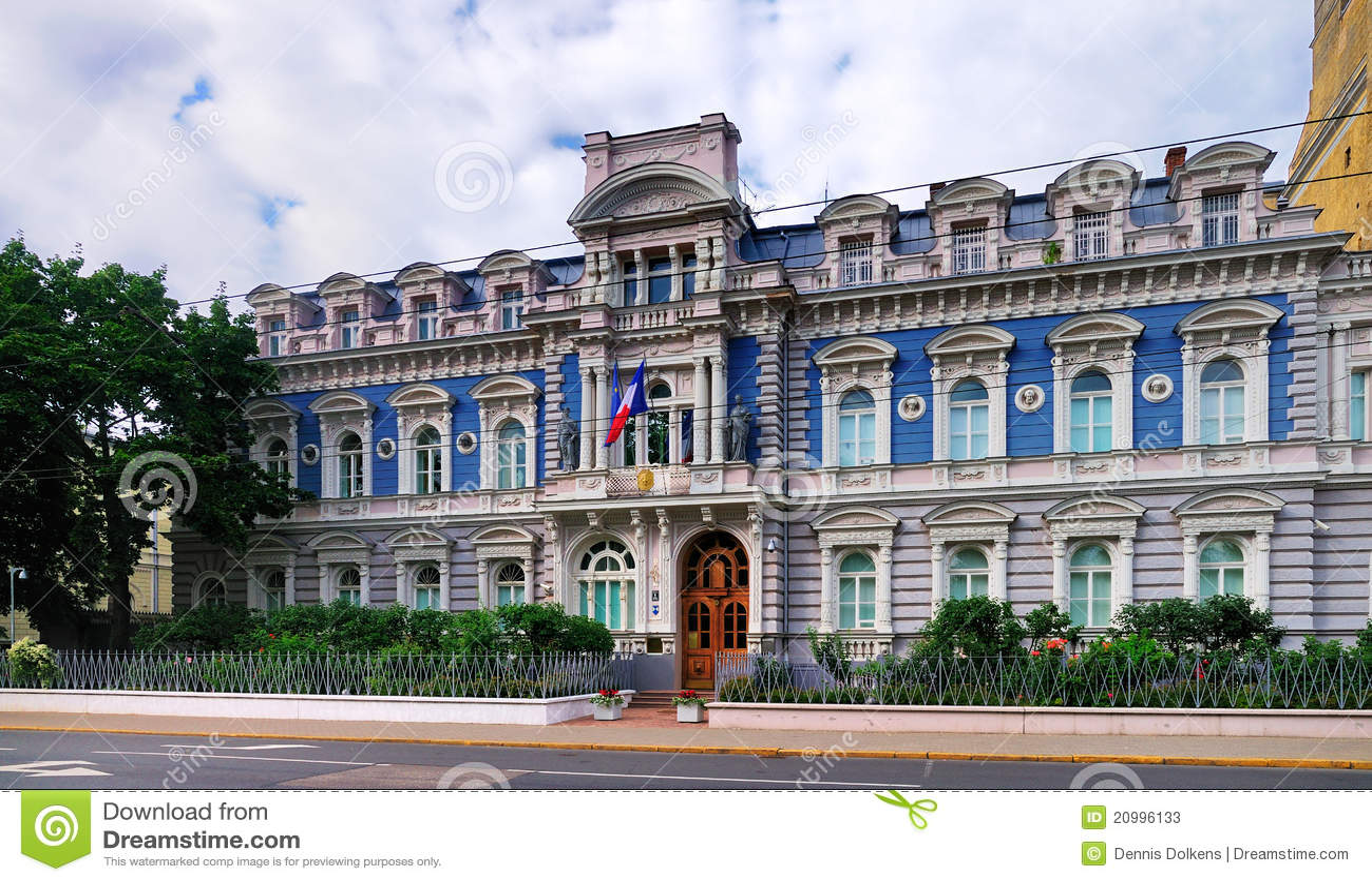 ambassade de france riga image stock image du nuages 20996133. Black Bedroom Furniture Sets. Home Design Ideas