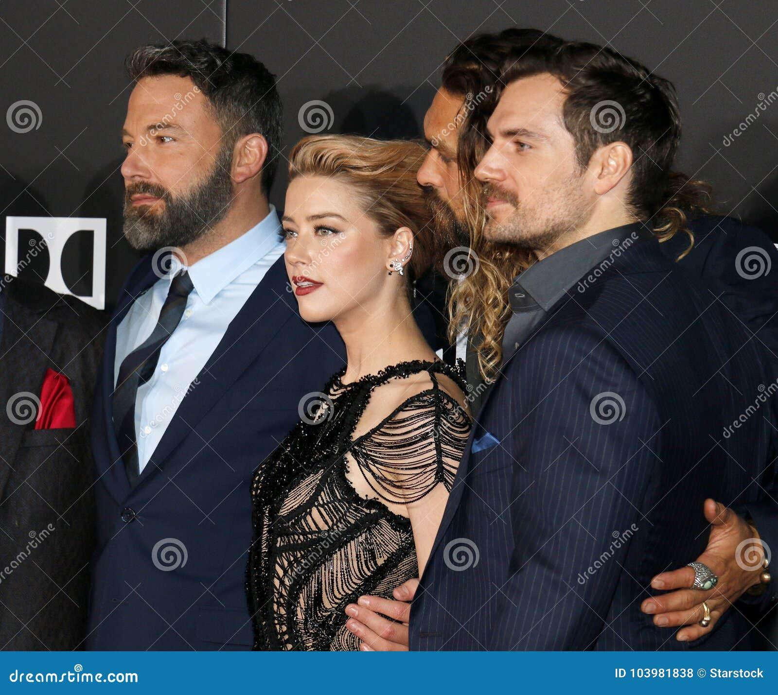 Amber Heard, Ben Affleck, Jason Momoa E Henry Cavill Foto