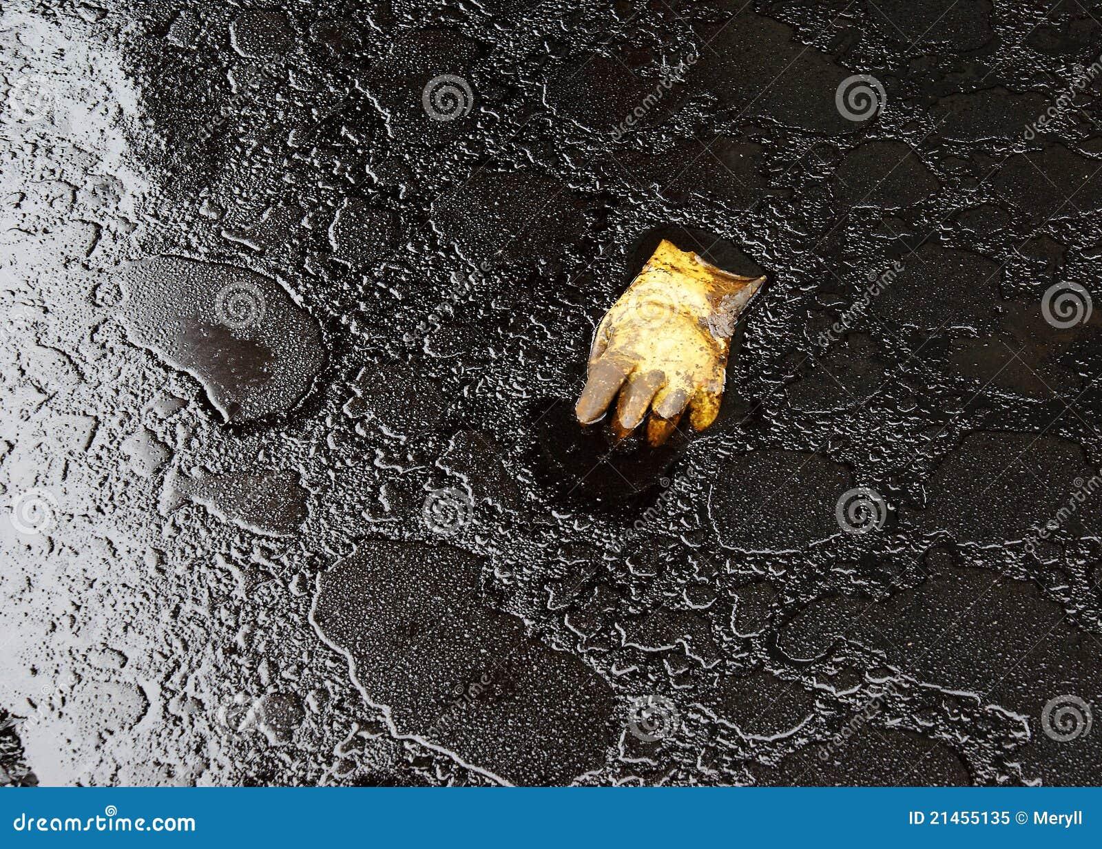 Ambiente sujo da poluição de petróleo