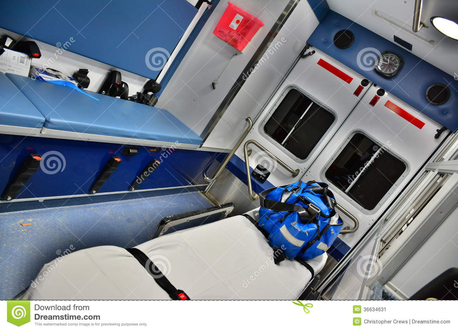 Ambulance de corps de sapeurs-pompiers, intérieure
