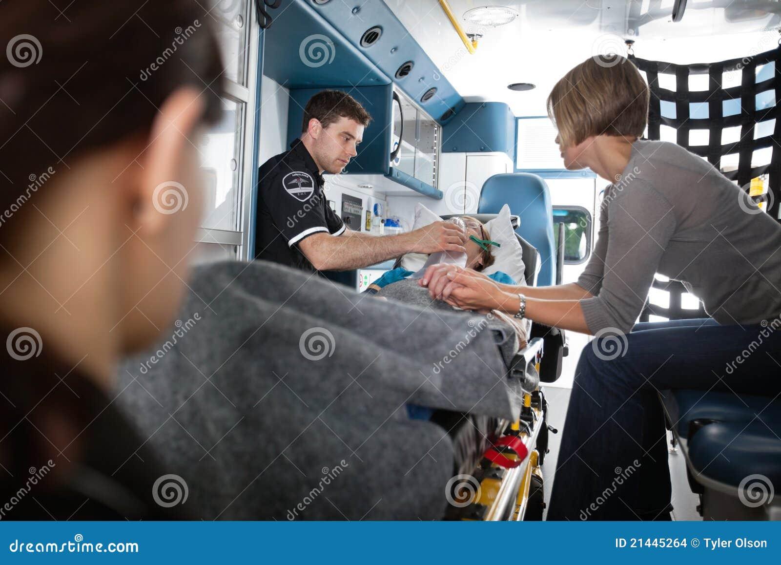 Ambulanspensionärkvinna