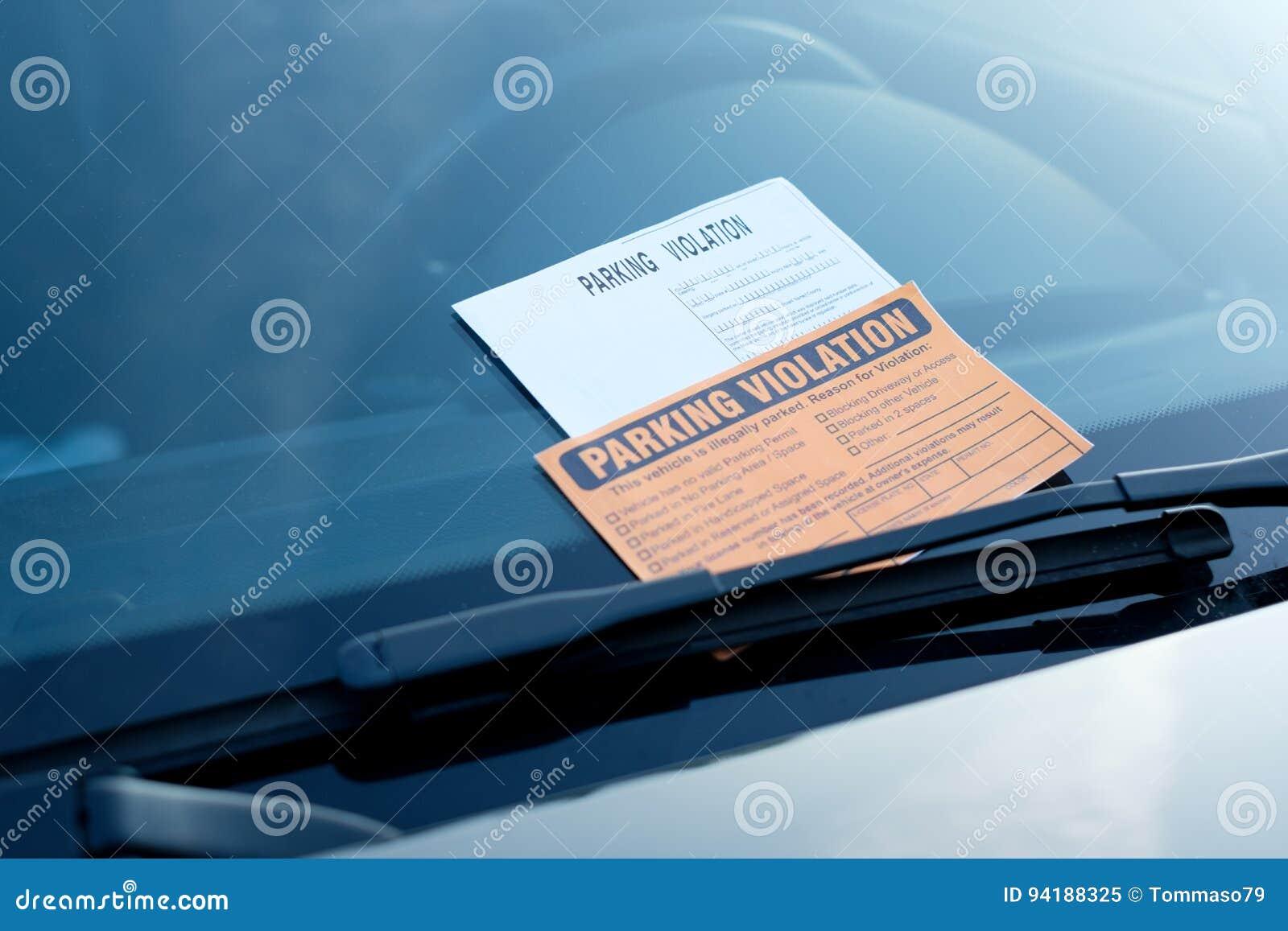 Amende de billet de violation de stationnement sur le pare-brise