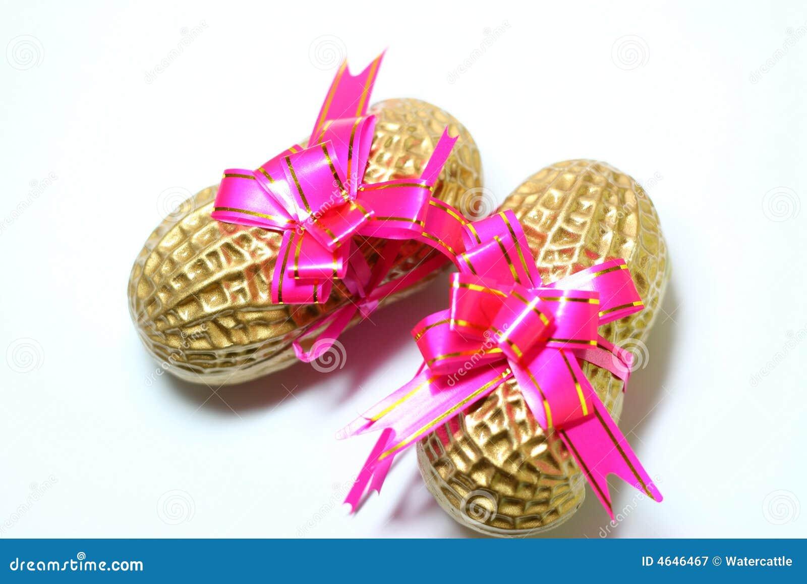 Amendoim dourado
