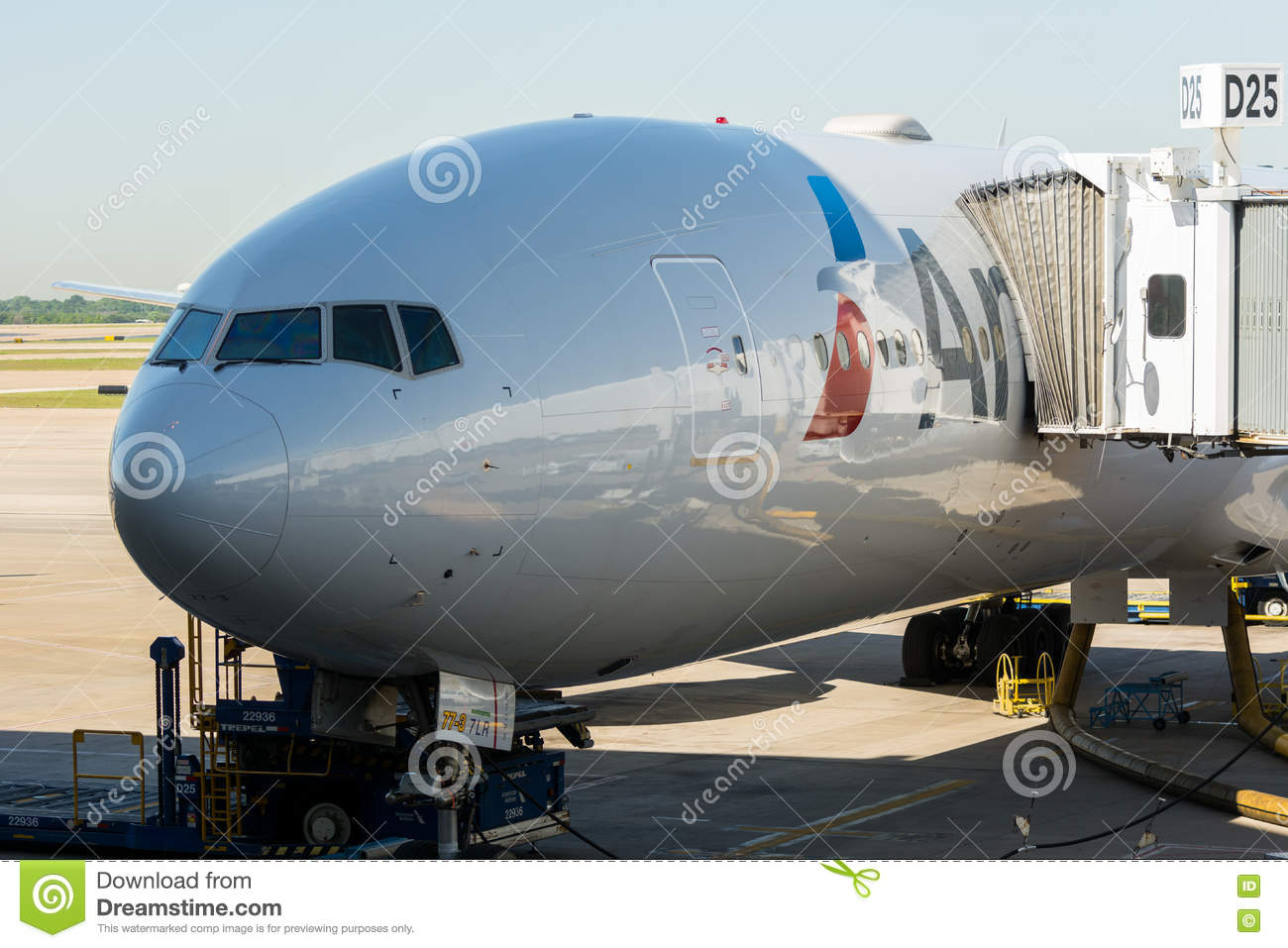 American Airlines Boeing 777 Editorial Stock Photo Image