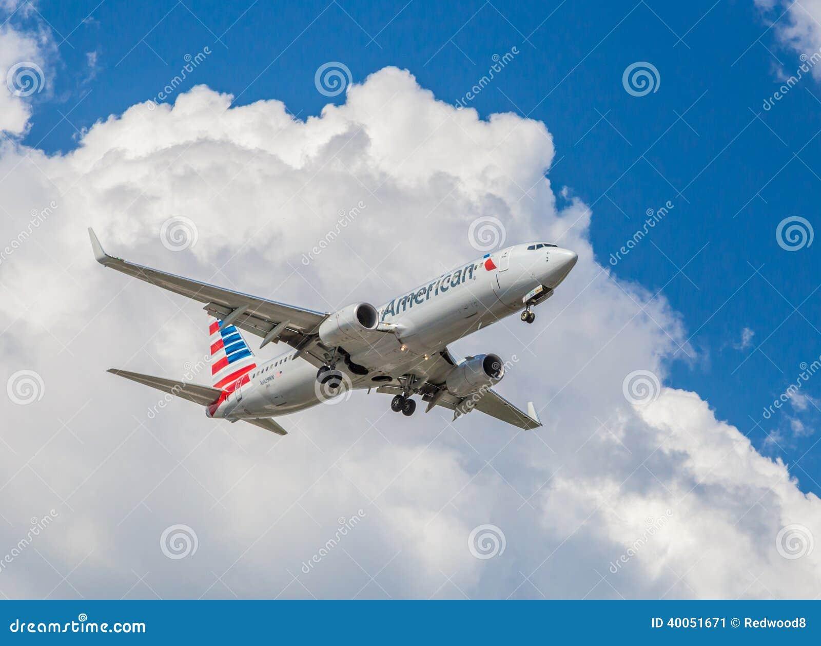 American Airlines trafikflygplan
