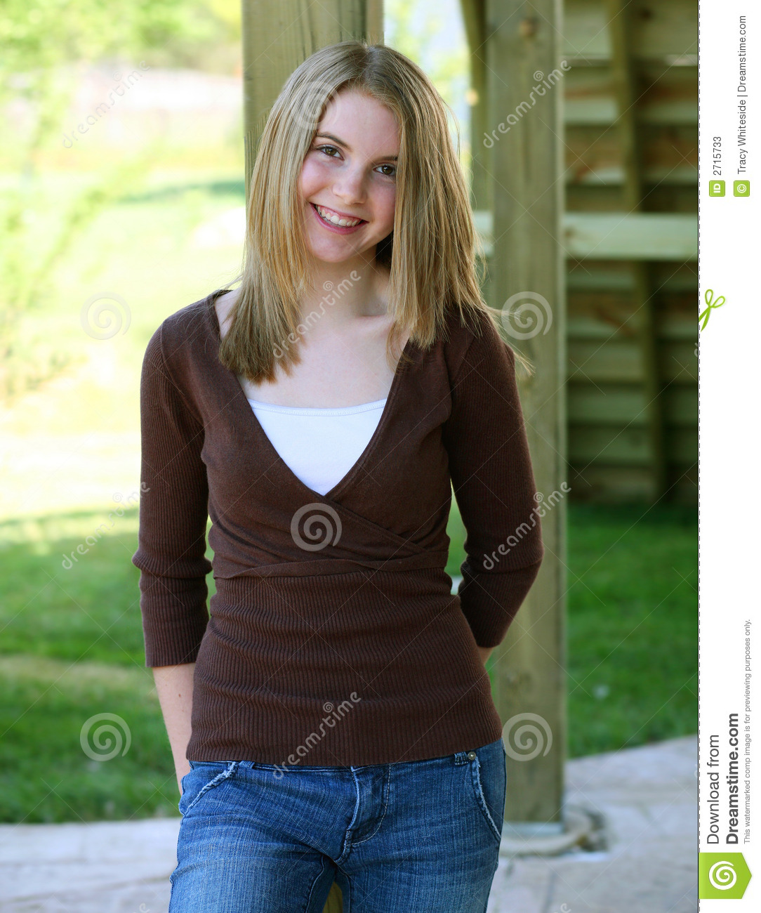70 pretty blonde american teen