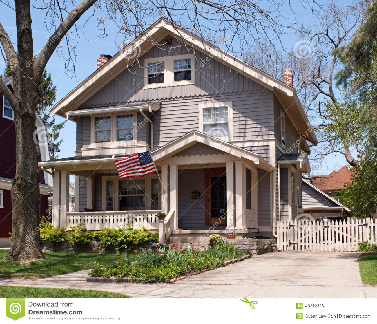 American Midwest House Stock Photo Image Of Driveway