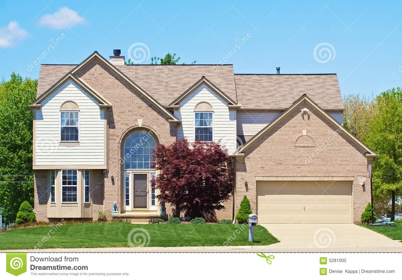 American Suburban House Stock Photo Image Of Driveway