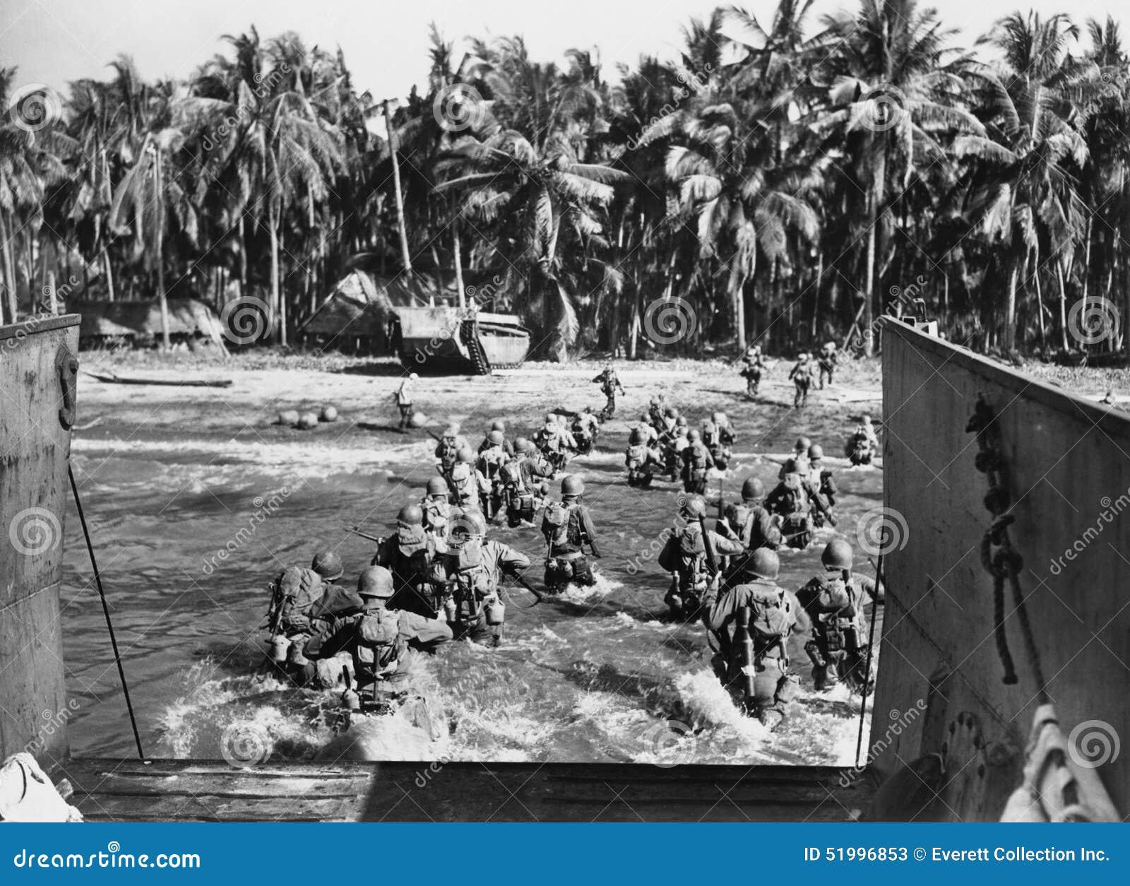 Amerikaanse troepen die de stranden stormen tijdens Wereldoorlog II (Alle afgeschilderde personen leven niet langer en geen landg