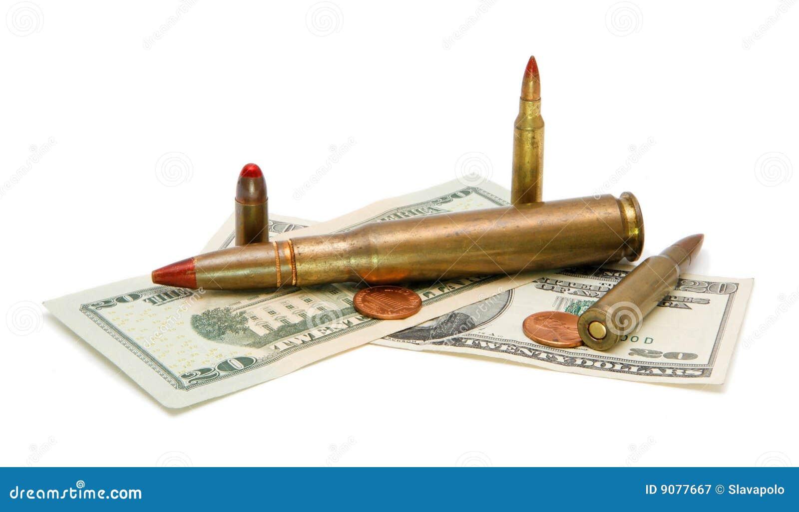 Amerikanisches Geld und Kassetten getrennt
