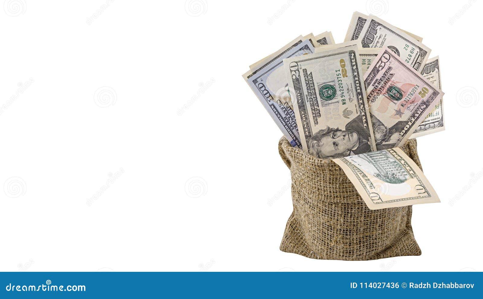 Amerikanska pengar 5,10, 20, 50, ny räkning för dollar 100 i påsen som isoleras på den snabba banan för vit bakgrund HögUSA-sedel