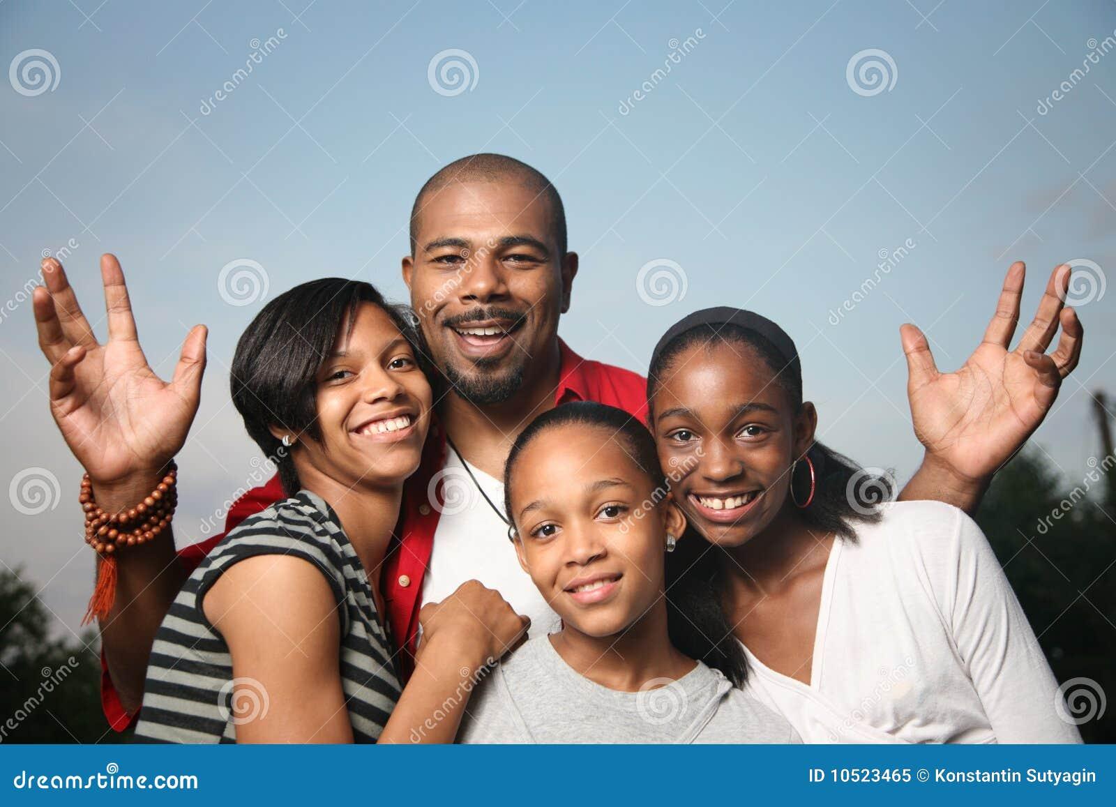 Amerykanin afrykańskiego pochodzenia rodzina
