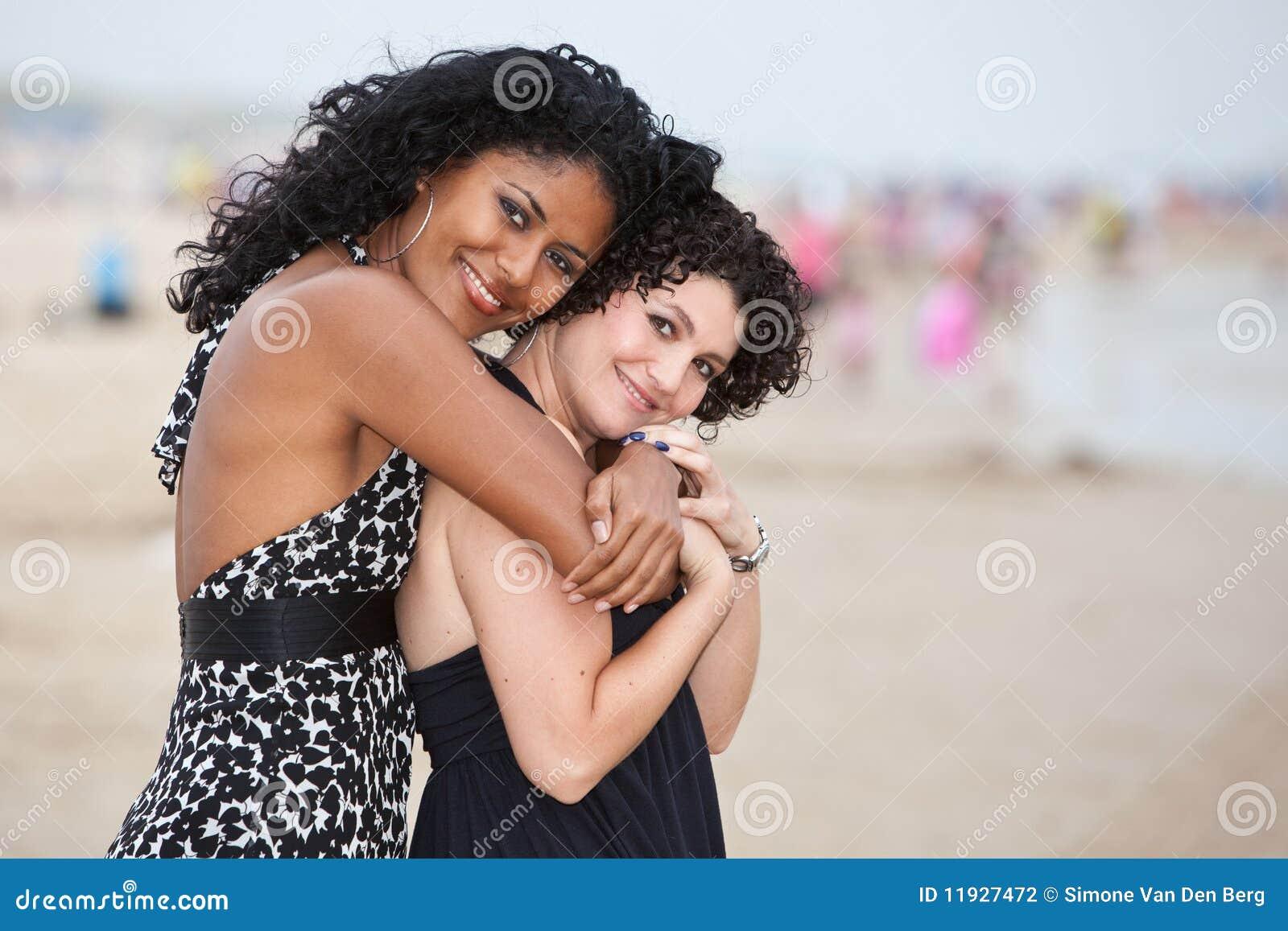 Amici sulla spiaggia