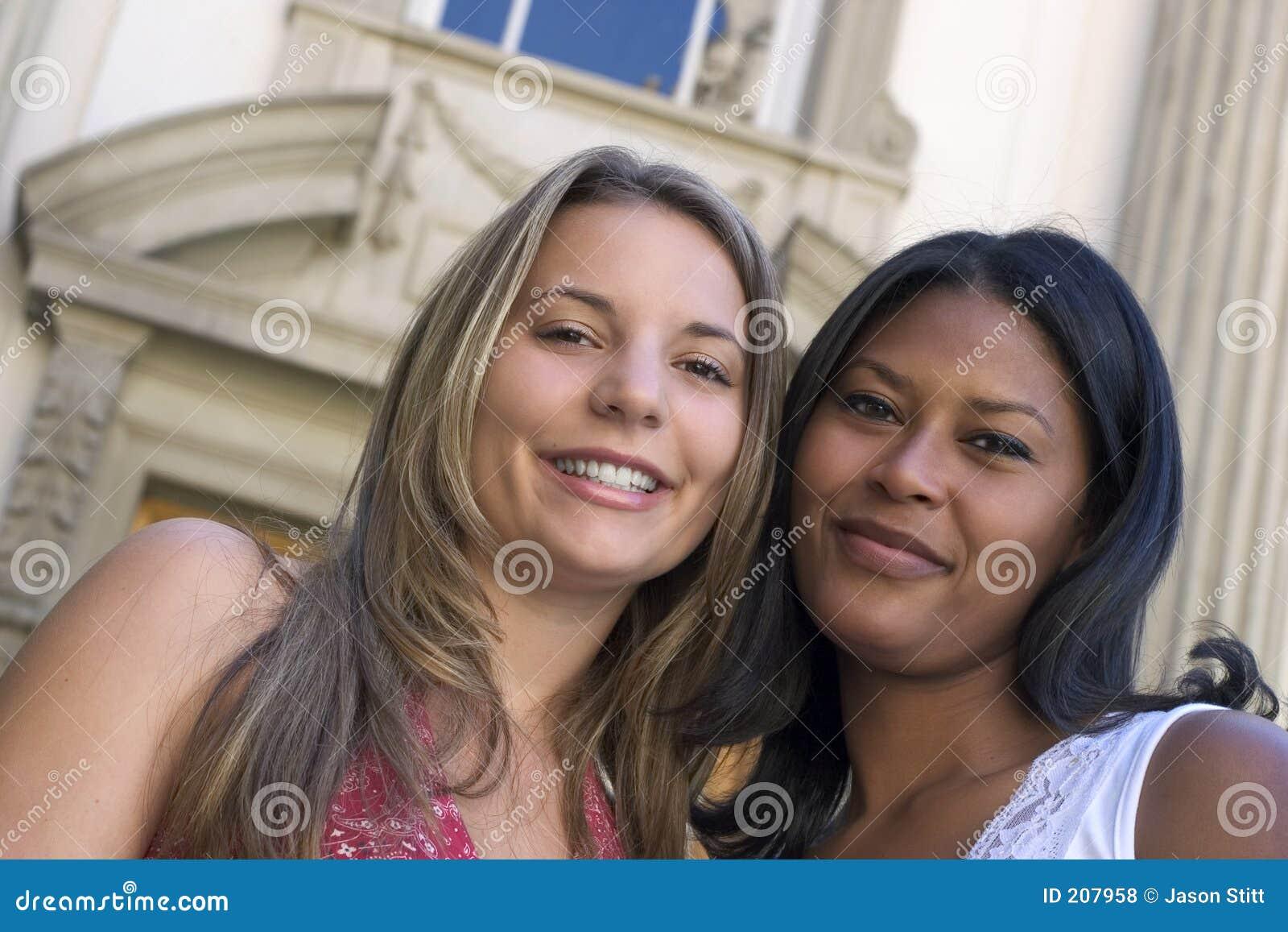 Amies de femmes