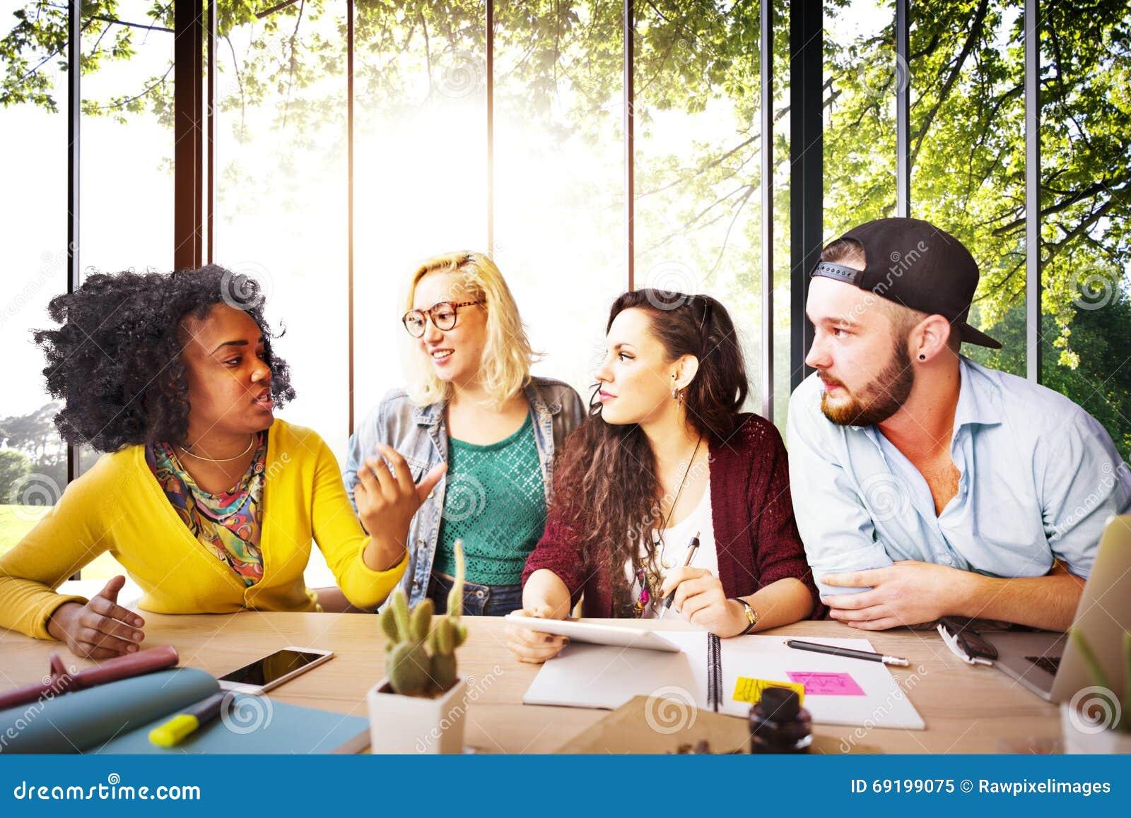 Amigos Team Brainstorming Community Concept de la diversidad