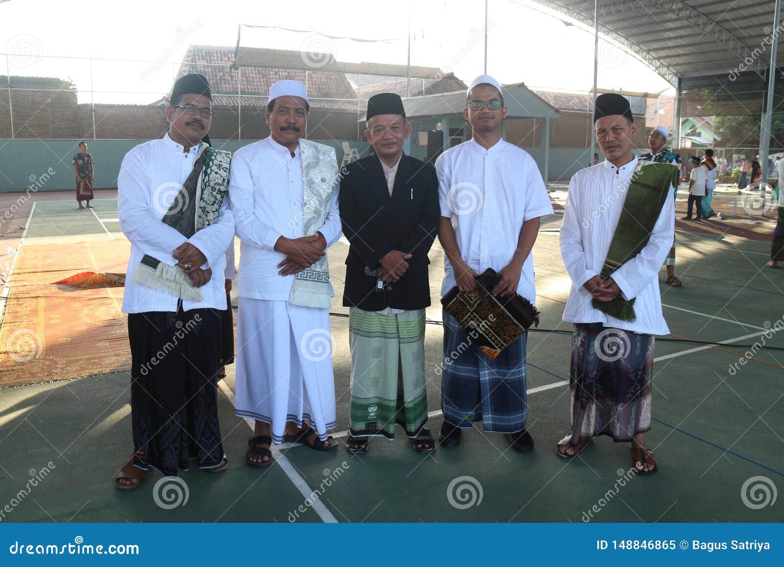 Amistad después del rezo de Eid