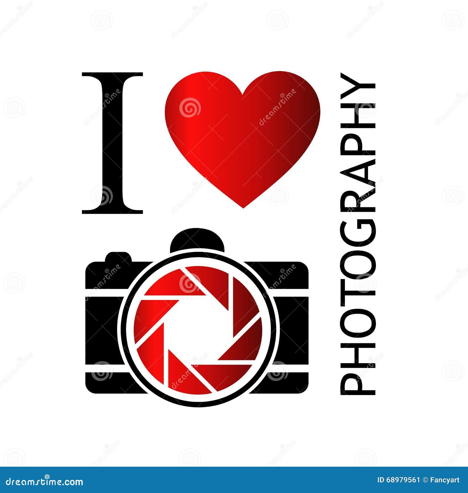 Amo fotografía con la cámara y el corazón rojo