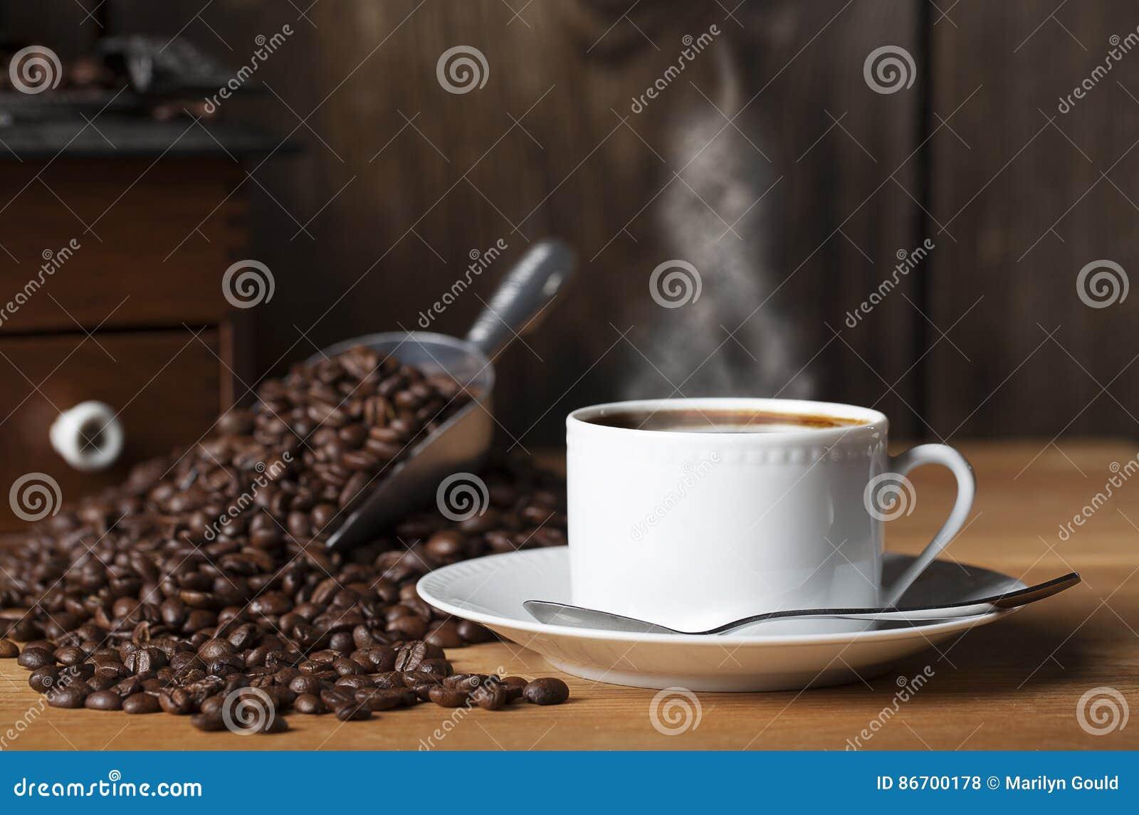 Amoladora 2 de las habas de la taza de café