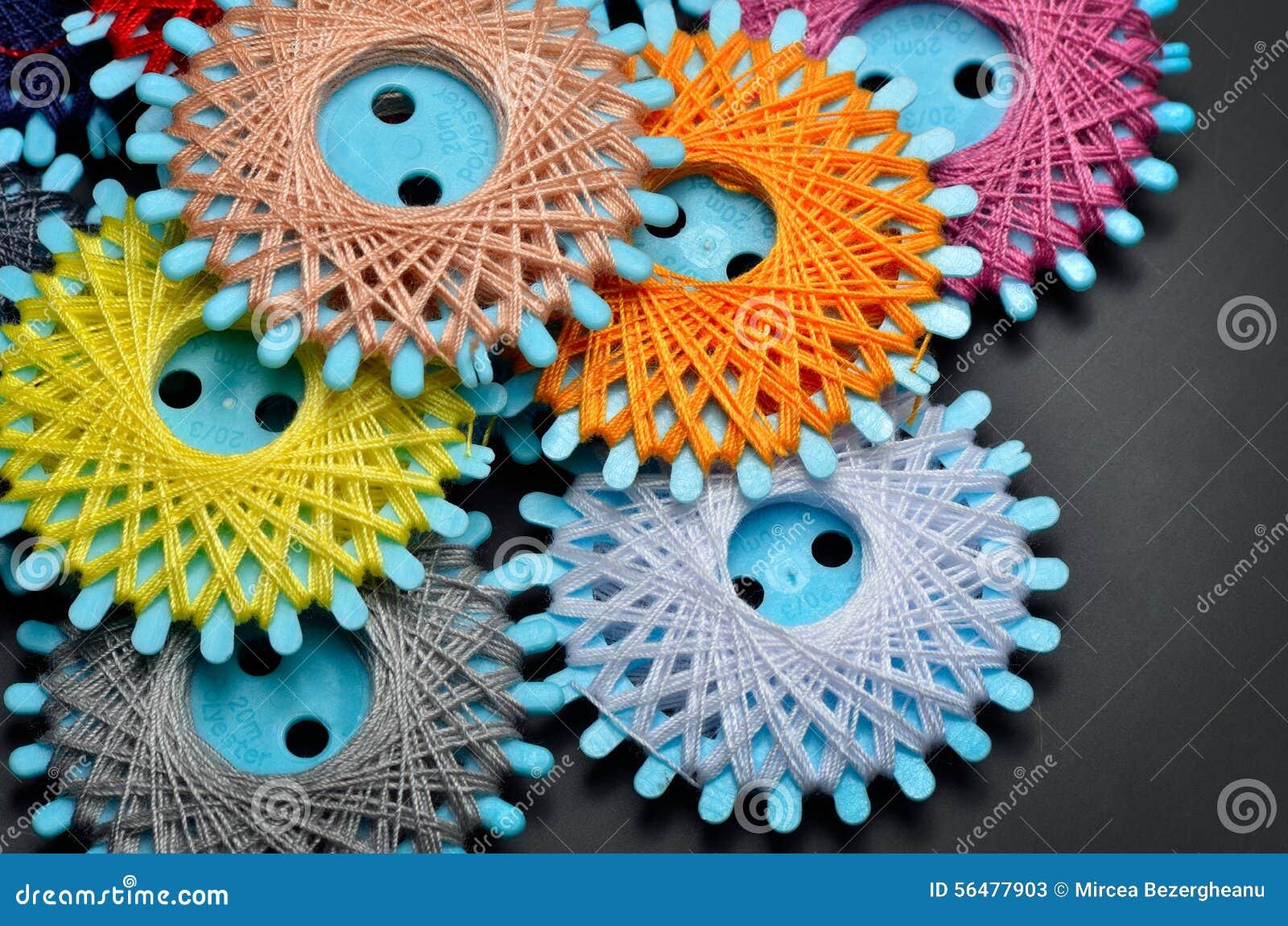 Amorçages de couture colorés